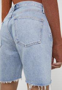 Agolde - RUMI MID LENGTH - Denim shorts - renewal - 4