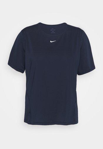 ALL OVER PLUS - Basic T-shirt - obsidian/white