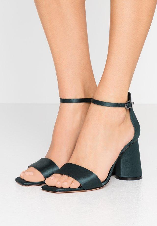 ALFREDO - Sandalen met hoge hak - millia green