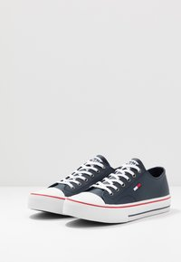 Tommy Jeans - CITY  - Trainers - blue - 2
