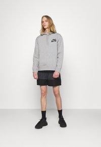 Nike SB - ICON HOODIE UNISEX - Hoodie - grey heather/black - 1