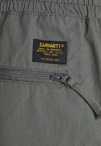 Carhartt WIP - JOGGER COLUMBIA - Cargo trousers - thyme rinsed - 7