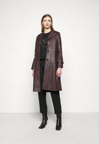 Pinko - NELLY MAGLIA FELPA DIAGONALE - Sweatshirt - black - 1