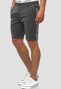 INDICODE JEANS - Shorts - charcoal - 0