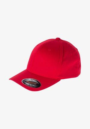 COMBED - Cap - red