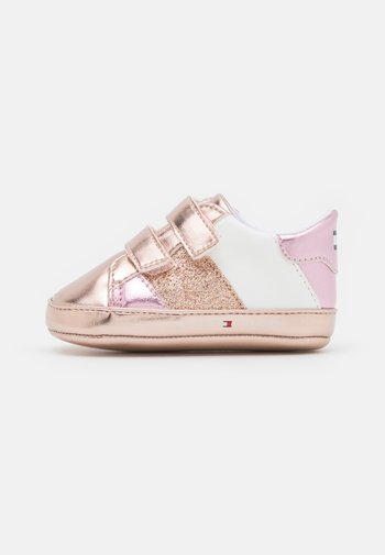 First shoes - rose gold/white