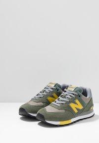 New Balance - ML574 - Trainers - green - 2