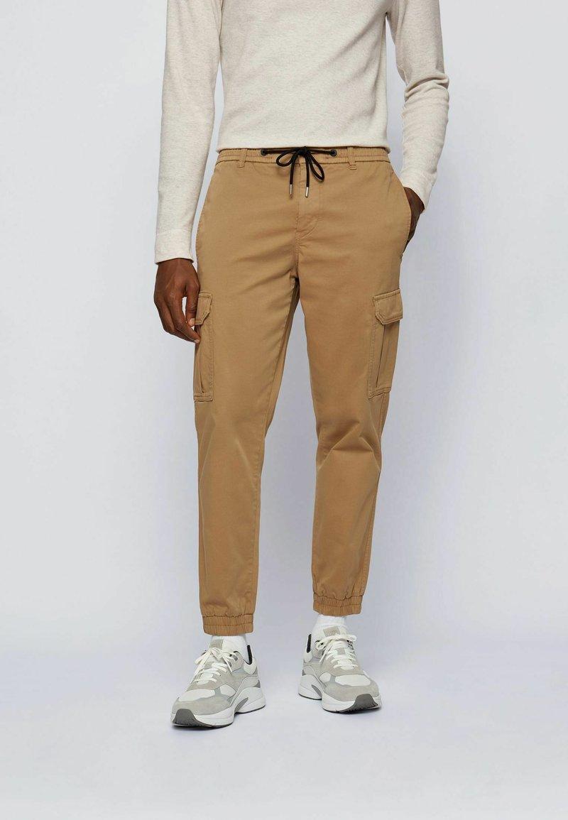 BOSS - Cargo trousers - beige
