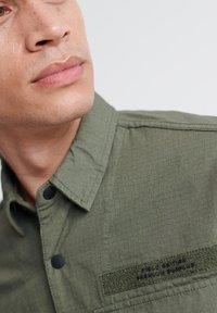 Superdry - SUPERDRY FIELD EDITION LONG SLEEVE SHIRT - Shirt - utility drab - 3