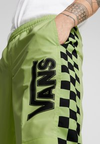Vans - BMX OFF THE WALL PANT - Tracksuit bottoms - sharp green - 5