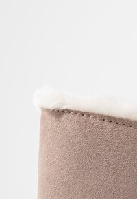 s.Oliver - Winter boots - rose - 2