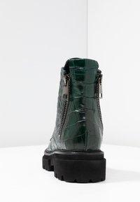 Kennel + Schmenger - BOBBY - Platform ankle boots - verde - 5