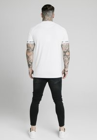SIKSILK - SPORTS TEE - Print T-shirt - white - 2