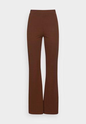 WILDA TROUSERS - Pantalones - dark brown