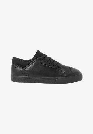 Šněrovací boty - mottled black