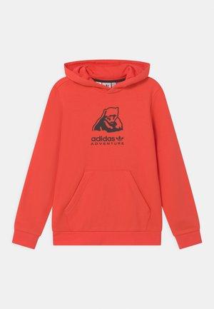 ORIGINALS ADVENTURE SWEATSHIRT HOODIE - Felpa con cappuccio - bright red