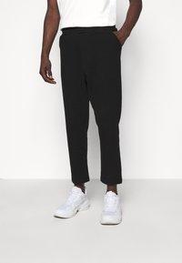 oftt - TROUSERS - Pantalon classique - black - 0