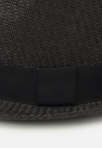 Jack & Jones - Hat - black