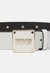 Versace Jeans Couture - PLAQUE BUCKLE - Pásek - bianco ottico - 5