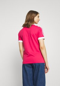 adidas Originals - Print T-shirt - power pink/white - 2