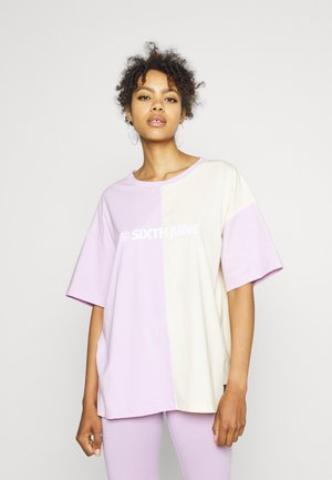 COLORBLOCK TEE - Print T-shirt - lilac