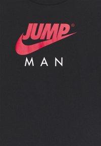 Jordan - JUMPMAN TRIPLE THREAT - Long sleeved top - black - 2