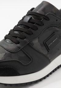Antony Morato - RUN METAL CAMO - Sneakers laag - steel - 5
