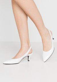 Kennel + Schmenger - SELMA - Classic heels - bianco - 0
