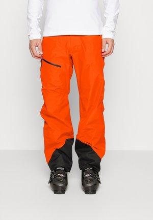 VERTICAL 3L PANTS - Spodnie narciarskie - racing red