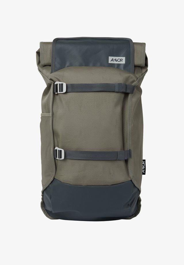 TRIP PACK PROOF STONE - Rucksack - grau