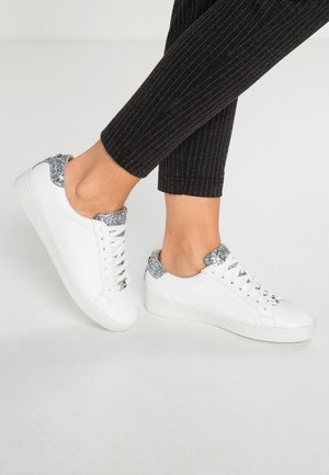 IRVING LACE UP - Sneakersy niskie - optic white/silver