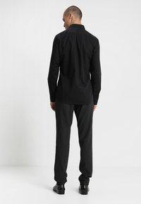 Eterna - SLIM FIT HAI - Formal shirt - black - 2