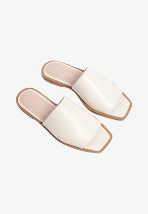 BALI - Mules - white