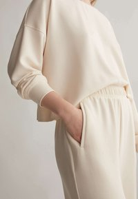 OYSHO - Trousers - white - 3