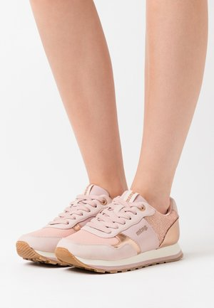 CORE - Sneakers - nude