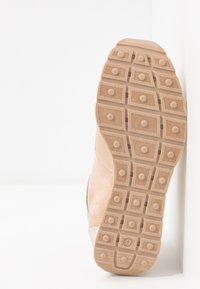 Zign - Sneakers basse - nude - 6