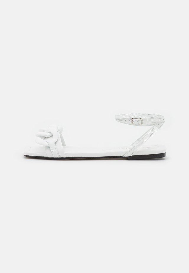 Sandały - bianco