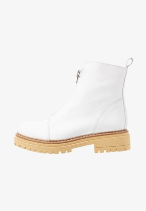 ROHAN - Platform ankle boots - white