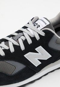New Balance - ML393 - Baskets basses - black - 5