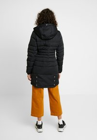 Hollister Co. - PUFFER PARKA - Dunkåpe / -frakk - black - 3