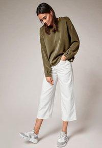 comma casual identity - Sweatshirt - khaki - 1