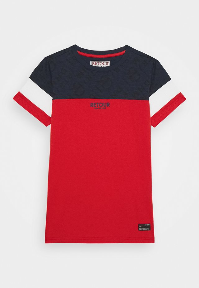 THOMAS - T-shirt print - red