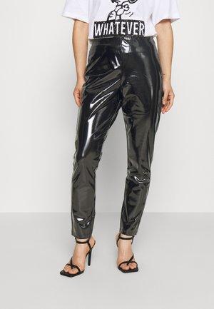 ONLTASSIE SHINY - Kalhoty - black