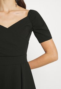 WAL G. - JAMIE PLAYSUIT - Jumpsuit - black - 6