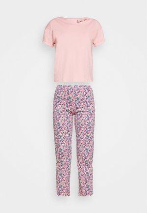Pyjamas - pink mix