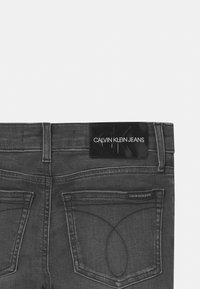 Calvin Klein Jeans - SUPER SKINNY INFINITE - Jeans Skinny Fit - grey - 2