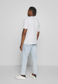 CLOSED - X-LENT - Jeans Tapered Fit - light blue - 2