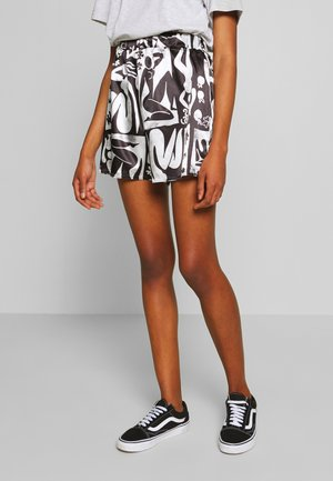 ABSTRACT DRAWSTRING - Shorts - black/white