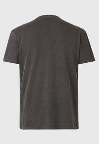 AllSaints - PILOT - Basic T-shirt - black - 5