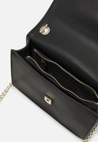 Valentino Bags - PICCADILLY - Across body bag - nero - 2